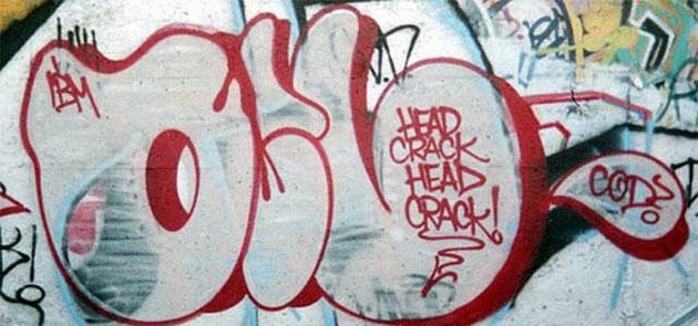 Head crack